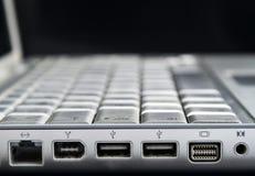 膝上型计算机端口 免版税库存图片