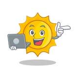 膝上型计算机逗人喜爱的太阳字符动画片 皇族释放例证