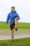 膝盖推力和舒展 免版税库存照片