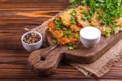 自创传统土豆薄烤饼或马铃薯饼光明节celebrati