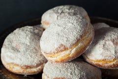 自创含糖的Paczki多福饼 免版税库存图片