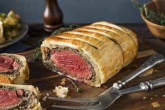 自创圣诞节牛肉惠灵顿 库存图片