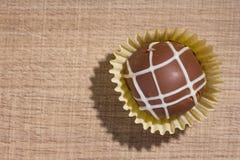自创块菌状巧克力 糖果球平的位置设计  图库摄影