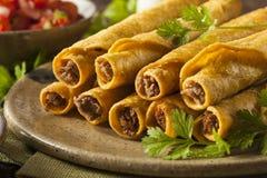 自创墨西哥牛肉Taquitos 免版税库存照片