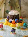自创复活节蛋糕 免版税库存图片