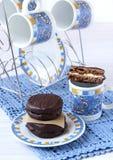 自创巧克力和蛋白软糖轮子 库存照片