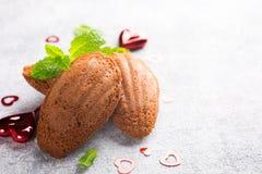 自创巧克力曲奇饼马德琳 免版税库存照片