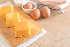 自创橙色蛋糕 免版税库存照片