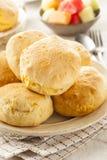 自创热的酪乳饼干 免版税库存图片
