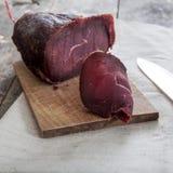 自创熏制的肉 免版税库存照片