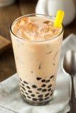 自创牛奶泡影茶用珍珠粉 免版税库存照片