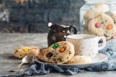 自创糖果上漆的曲奇饼 库存图片