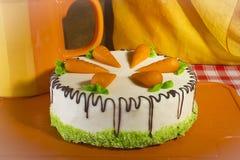 自创蛋糕的红萝卜 库存照片