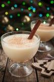 自创蛋黄乳传统圣诞节的庆祝 免版税图库摄影
