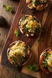 自创被烘烤的被充塞的Portabello蘑菇 库存图片