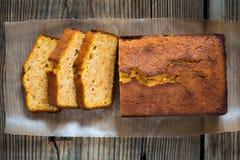 自创重糖重油蛋糕 免版税库存图片