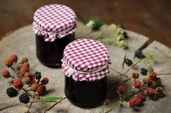 自创黑莓果酱 库存照片