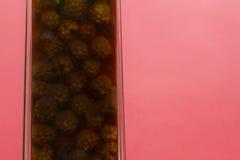 自创黑莓利口酒 免版税图库摄影