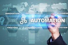 自动化概念作为创新,改进生产力、可靠性在技术和商业运作 库存照片