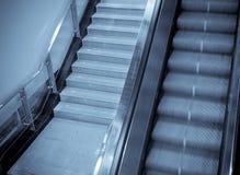 自动扶梯地铁 免版税库存图片