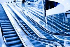 自动扶梯高移动速度 库存照片