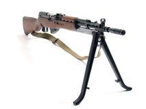 自动步枪三脚架 免版税库存图片