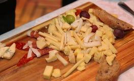 自助餐晚餐意大利餐馆承办酒席食物概念 库存照片