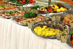自助餐的食物 免版税库存图片
