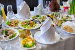 自助餐,开胃菜,婚姻的桌 免版税图库摄影