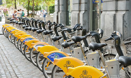 自助Villo自行车在布鲁塞尔 免版税图库摄影