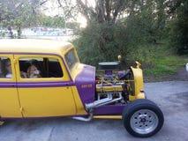 自定义旧车改装的高速马力汽车 库存照片