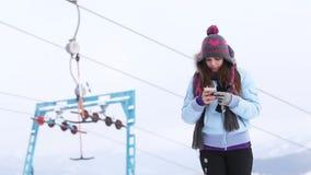 自已滑雪电缆车 影视素材