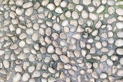 自然地优美的老白色岩石小卵石仿造纹理 库存图片