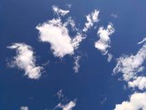 自然多云背景 免版税库存图片