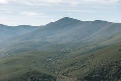 自然多山风景  免版税库存照片