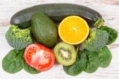 自然成份当来源钾、维生素K、矿物和纤维 免版税库存图片