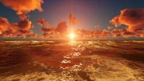 自然日落场面光反射在海洋 免版税库存照片