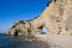 自然曲拱在Palinuro,意大利 库存照片