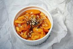 自然有机新鲜的salat蕃茄维生素菜 库存图片