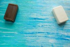 自然有机肥皂桌温泉 免版税库存照片