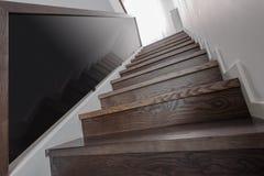 自然木台阶 免版税图库摄影