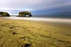 自然桥梁在圣克鲁斯 免版税库存照片