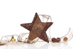 自然棕色圣诞节的装饰 库存照片
