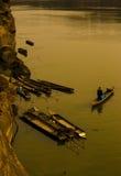 自然江边在泰国 免版税库存照片