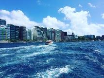 自然没有过滤器男性马尔代夫海岛 免版税库存照片