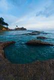 自然浪潮池横向绿松石水 图库摄影