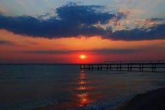 自然海日落视图 库存照片