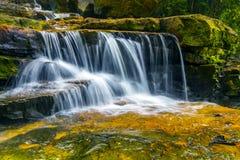 自然瀑布 图库摄影