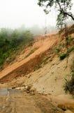 自然灾害,在雨季期间的山崩在泰国 免版税库存图片