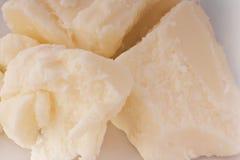 自然牛油树脂 白色基本的肥皂 保护皮肤的有机油免受削皮 非洲树油 免版税库存图片